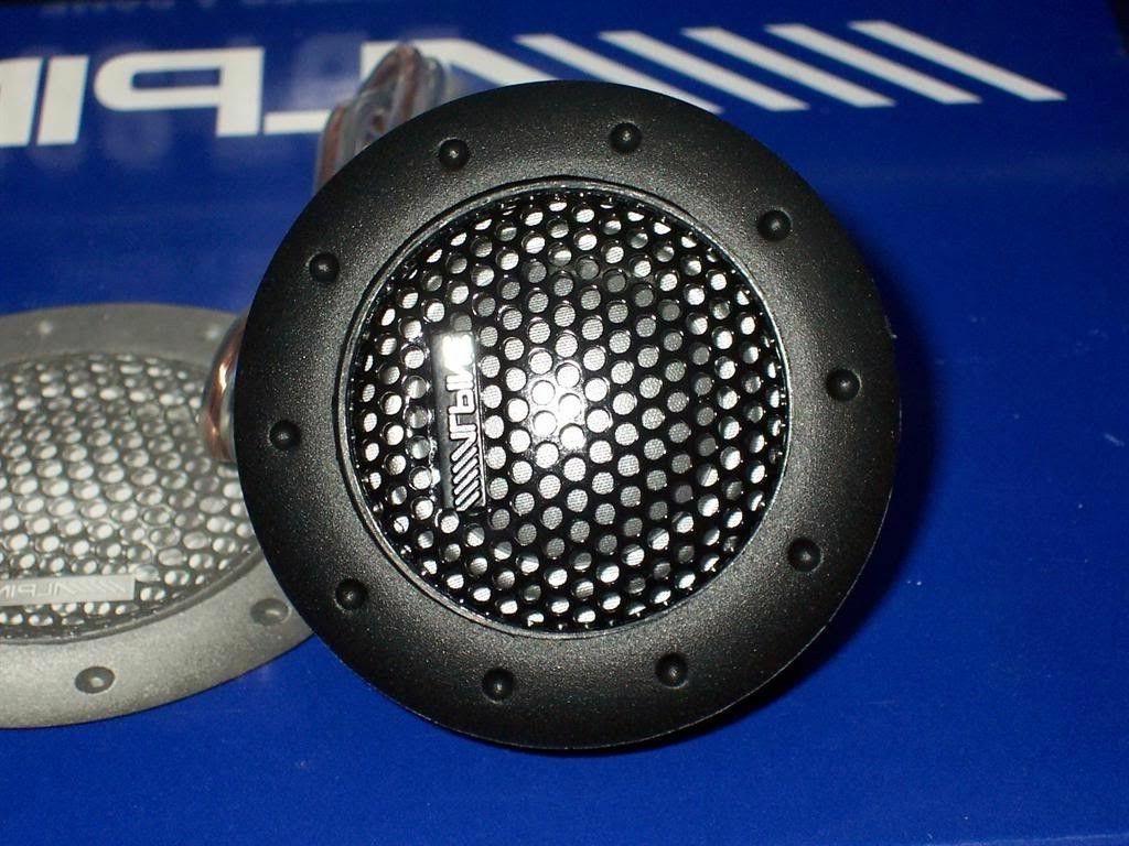 Speakers Balanced Car