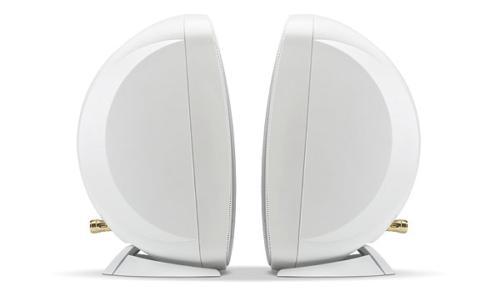 "Russound 4"" White Indoor Outdoor Wall or Bookshelf Speaker pair"